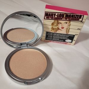 TheBalm Mary-Lou Manizer Highlighter